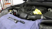 Replacing the Oil Filter on a Jeep Grand Cherokee 3.6 liter